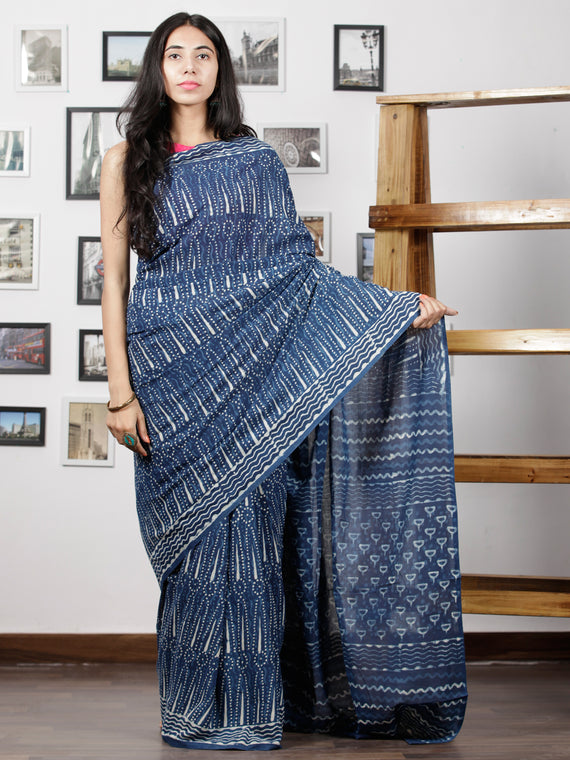 Indigo White Hand Block Printed Cotton Mul Saree - S031702995