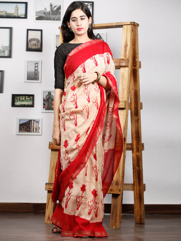 Red Ivory Maheshwari Silk Hand Block Printed Saree With Zari Border - S031702992