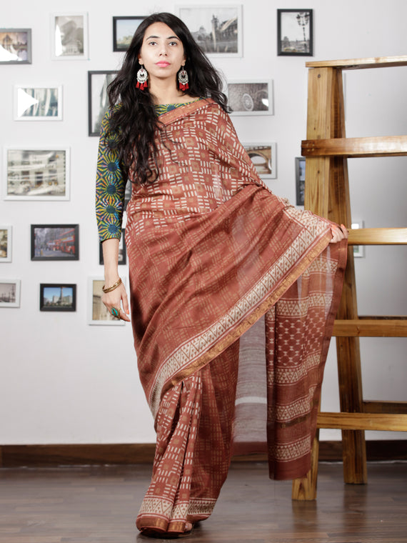 Rosewood Ivory Maheshwari Silk Hand Block Printed Saree With Zari Border - S031702944