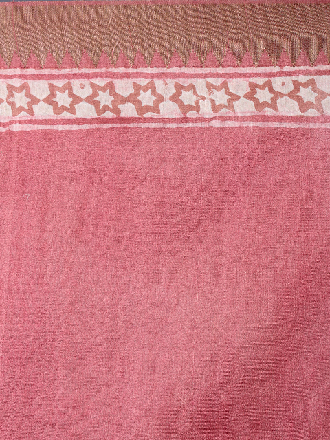 Pastel Peach Beige White Hand Block Printed in Natural Vegetable Colors Chanderi Saree With Geecha Border - S03170385