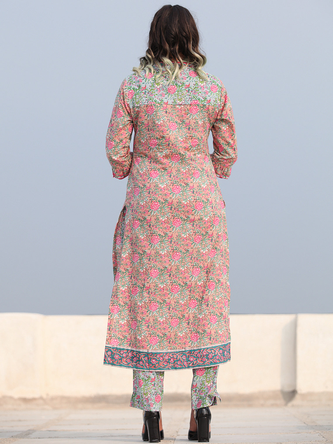 Rozana Ibda - Set of Kurta Pants & Dupatta - KS152C2481D