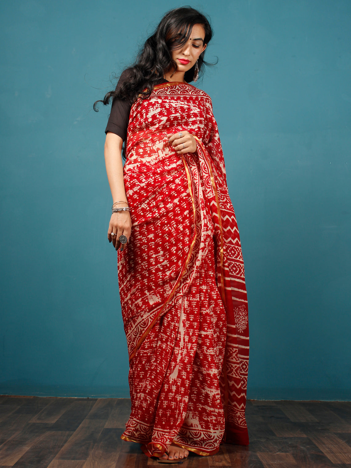Red White Hand Block Printed & Hand Brushed Chiffon Saree with Zari Border - S031702793