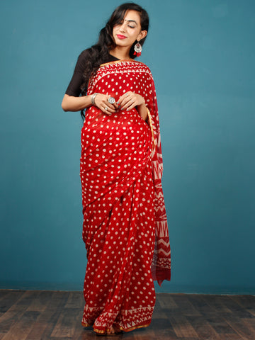 Red White Hand Block Printed Chiffon Saree with Zari Border - S031702795