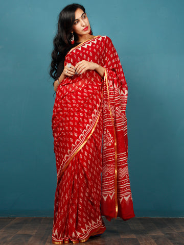 Red White Hand Block Printed Chiffon Saree with Zari Border - S031702802