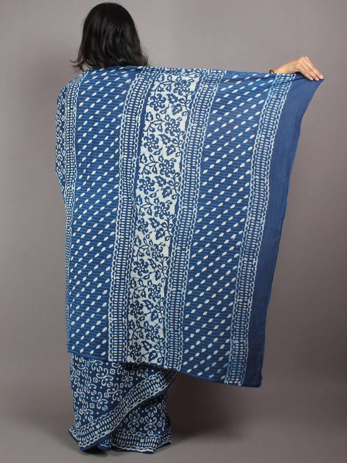 Indigo White Hand Block Printed in Natural Colors Cotton Mul Saree - S03170418