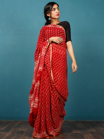 Red White Hand Block Printed Chiffon Saree with Zari Border - S031702804