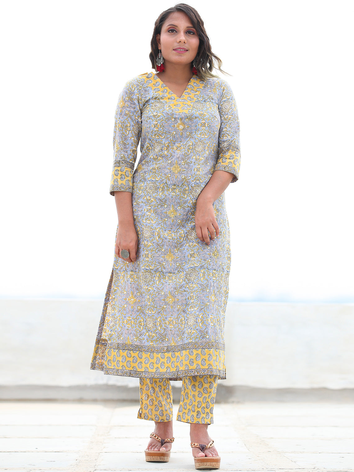 Jashn Zeba - Set of Kurta Pants & Dupatta - KS10A2495D