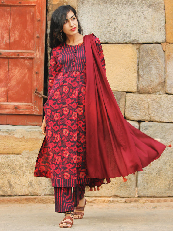 Garden Stripes - Block Printed Kurta Set With Dupatta - SS01F1938