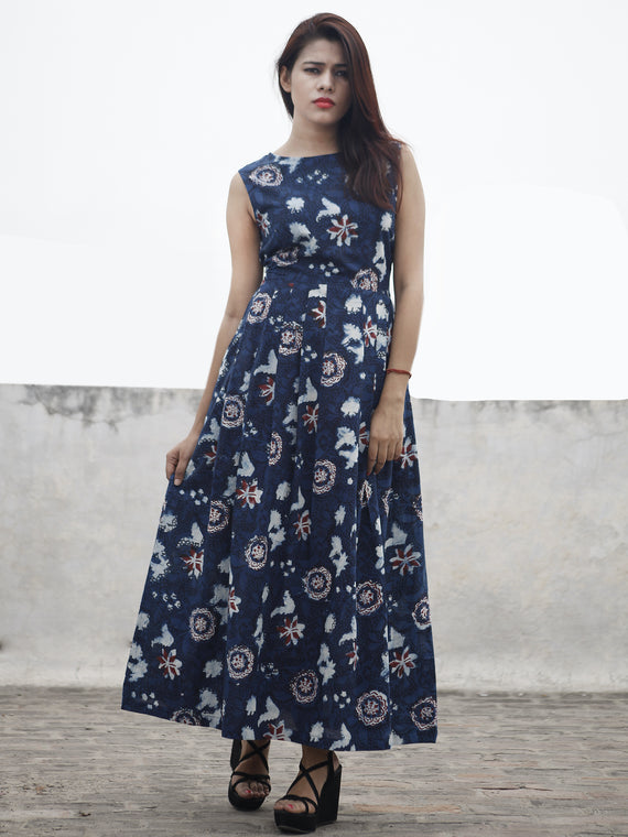 Indigo Ivory Maroon Long Sleeveless Hand Block Printed Cotton Dress With Knife Pleats & Side Pockets - D32F982
