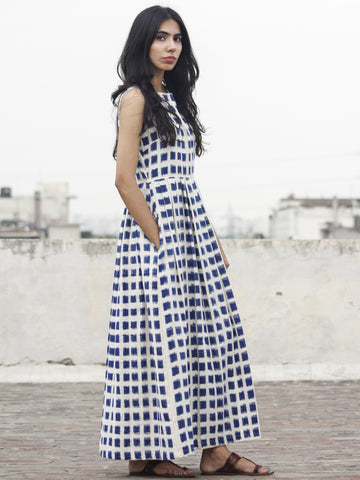 Ivory Indigo Long Sleeveless Handwoven Double Ikat Dress With Knife Pleats & Side Pockets - D32F918