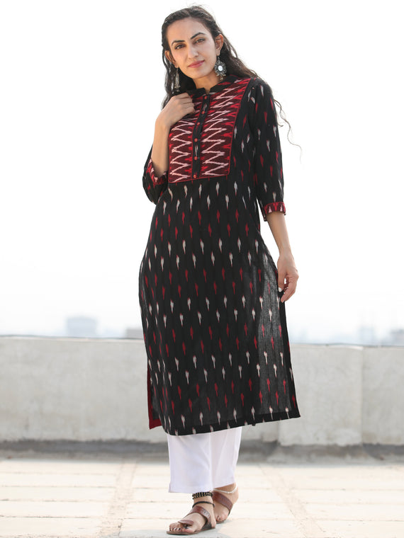 Tagai Sajin- Set of Ikat Kurta & Pants  - KS125B2412