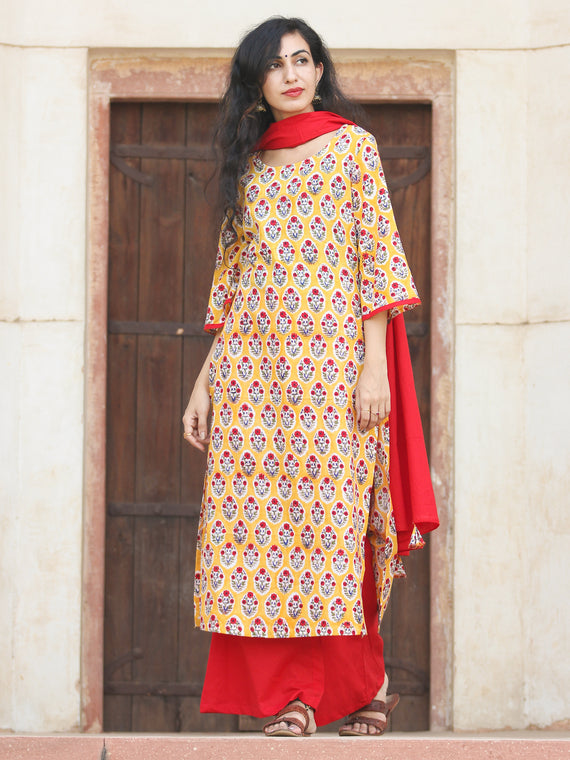 Garden In Yellow - Hand Block Printed Kurta Set With Dupatta - SS01F776