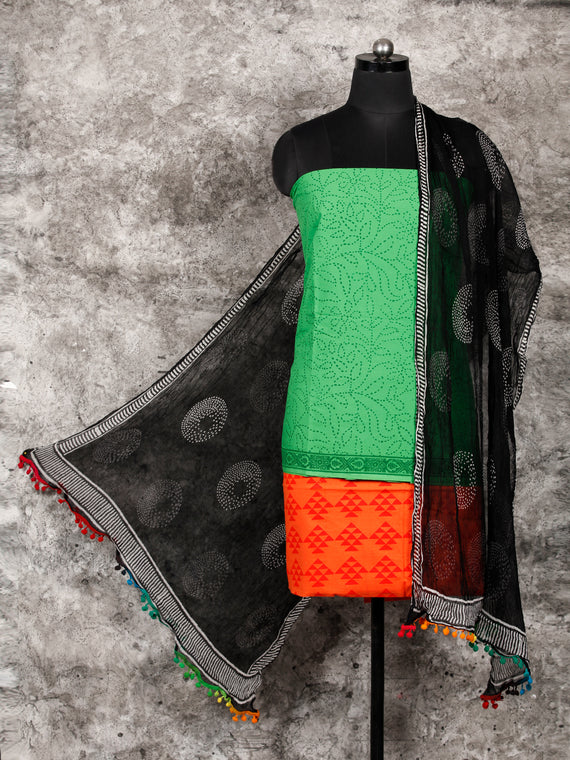 Green Coral Black White Hand Block Printed Cotton Suit-Salwar Fabric With Chiffon Dupatta (Set of 3) - SU01HB330