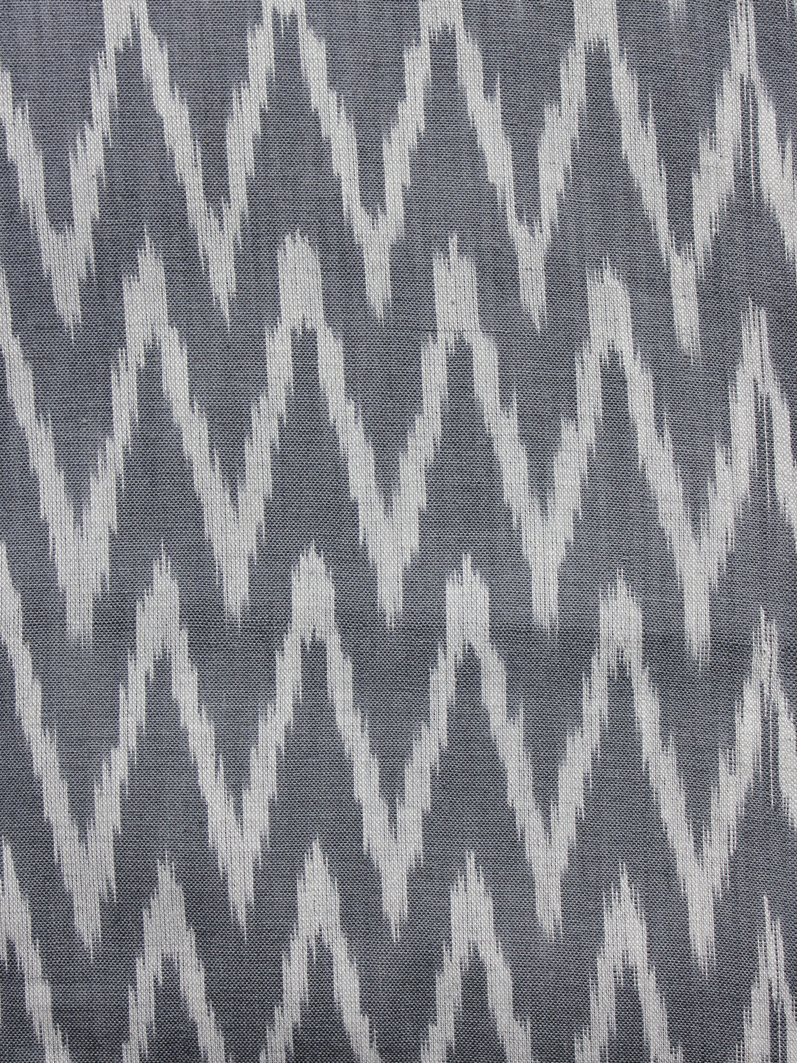 Grey Ivory Pochampally Hand Woven Ikat Fabric Per Meter - F002F951