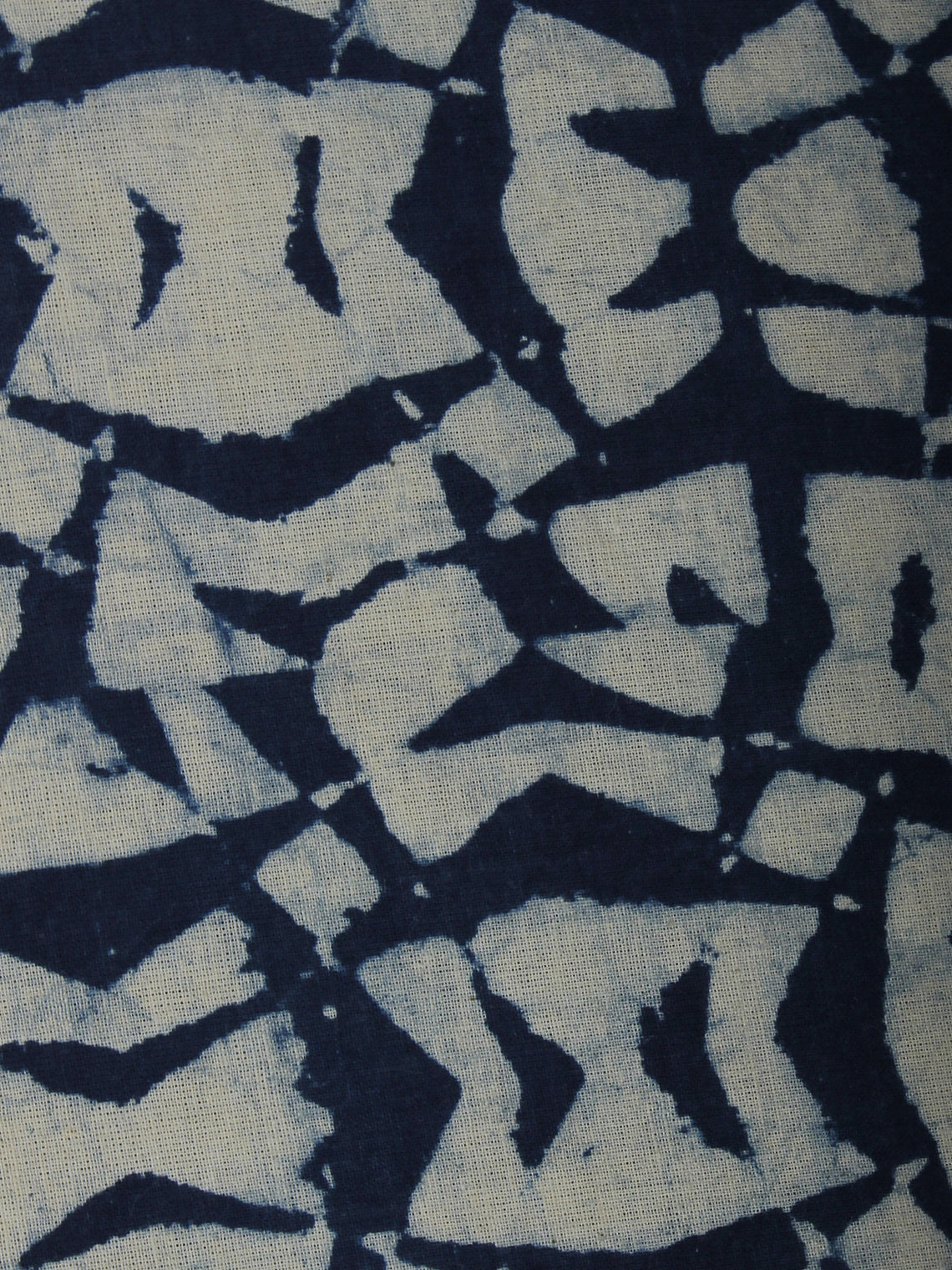 Indigo White Hand Block Printed Cotton Cambric Fabric Per Meter - F0916013