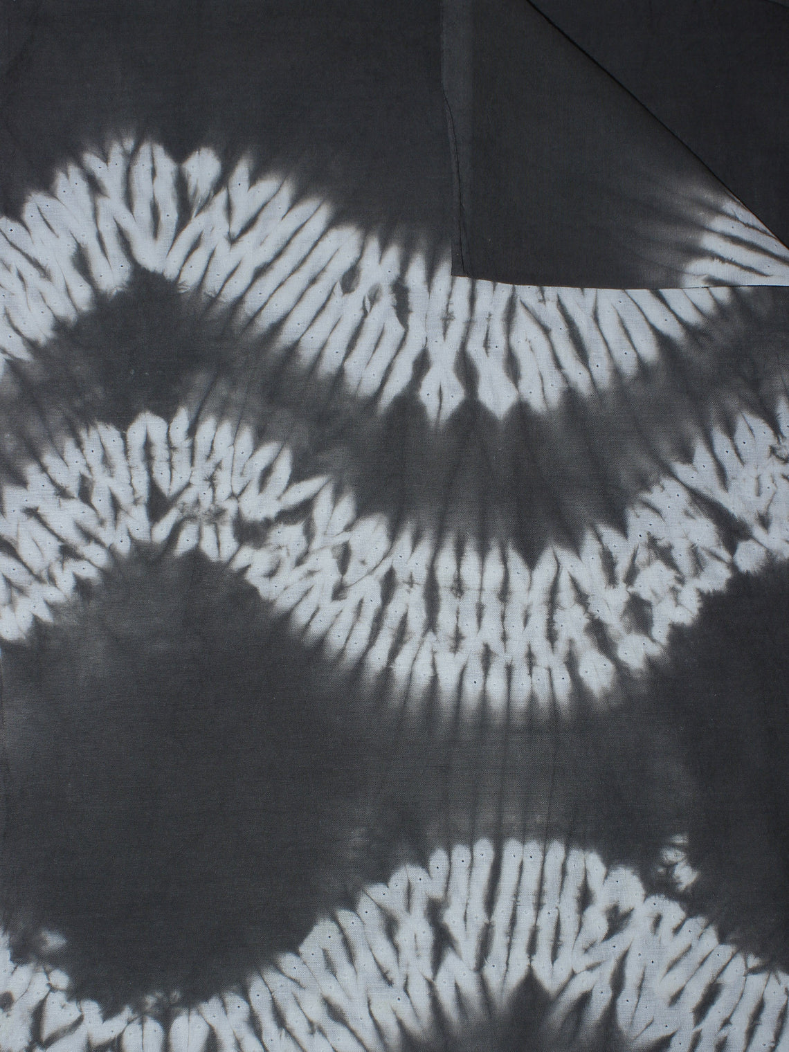 Black White Hand Block Printed Shibori Cotton Cambric Fabric Per Meter - F0916278