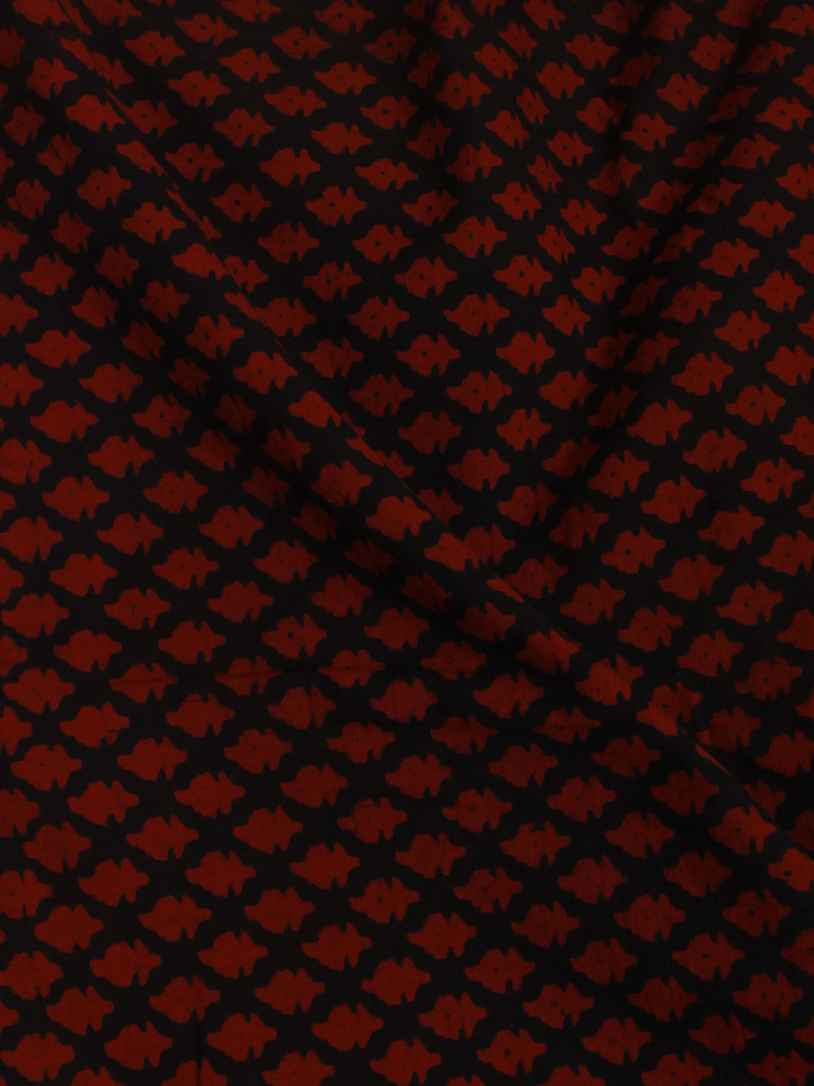 Black Red Hand Block Printed Cotton Cambric Fabric Per Meter - F0916101