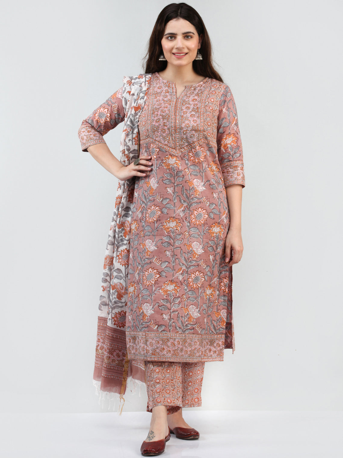 Zohra Saiz - Set of Kurta Pants & Dupatta - KS16A2505D