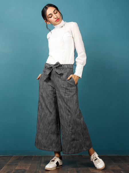 Grey Black Hand Woven Ikat Culottes Trousers With Belt- T032F1245