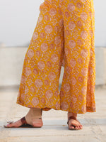Raas Nimrah - Set of Flared Kurta & Pants  - KS90A2244
