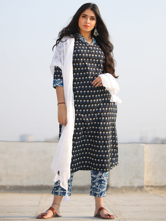 Bahaar Rafah - Set of Kurta Pants & Dupatta - KS109A2130D