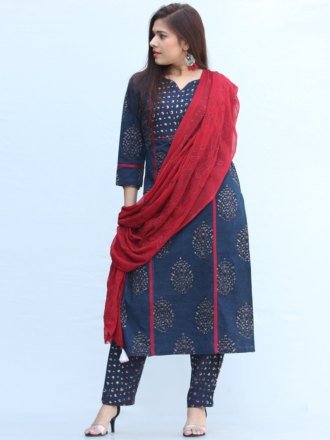 Bahaar Nazah - Set of Kurta Pants & Dupatta - KS03G2141D
