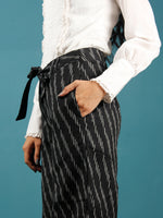 Black Grey Hand Woven Ikat Culottes Trousers With Belt- T032F1251