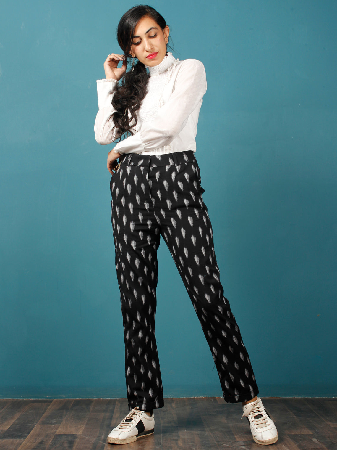 Black White Gery Hand Woven Ikat Trousers - T032F737