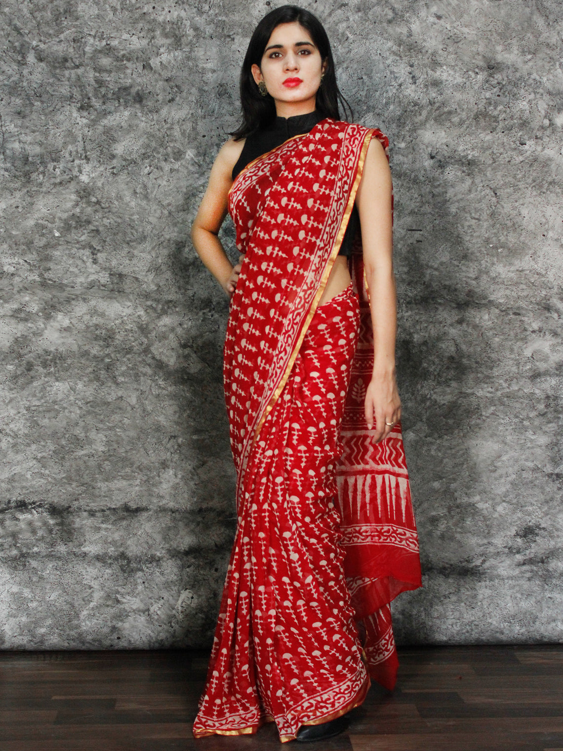 Red White Hand Block Printed Chiffon Saree with Zari Border - S031703124