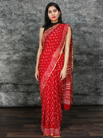 Red White Hand Block Printed Chiffon Saree with Zari Border - S031703126