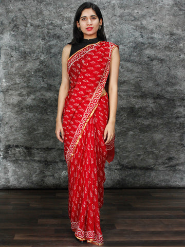Red White Hand Block Printed Chiffon Saree with Zari Border - S031703127