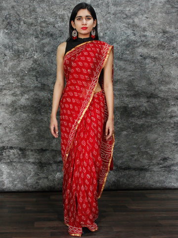 Red White Hand Block Printed Chiffon Saree with Zari Border - S031703128