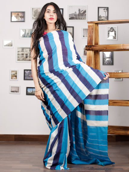 Black White Blue Ikat Handwoven Pochampally Mercerized Cotton Saree - S031701426