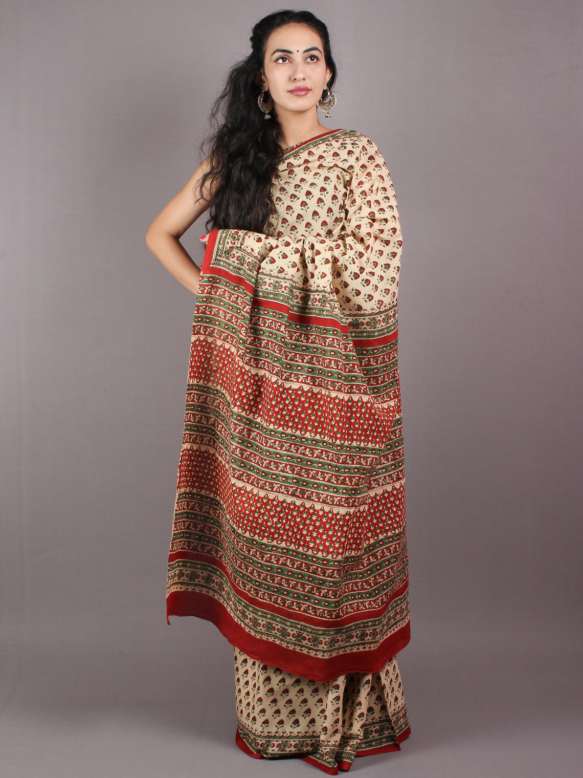 Beige Red Green Cotton Hand Block Bagru Printed Saree - S03170260