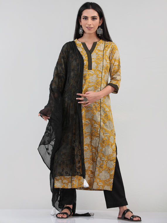 Bahaar Raeha - Set of Kurta Pants & Dupatta - KS47C1376D