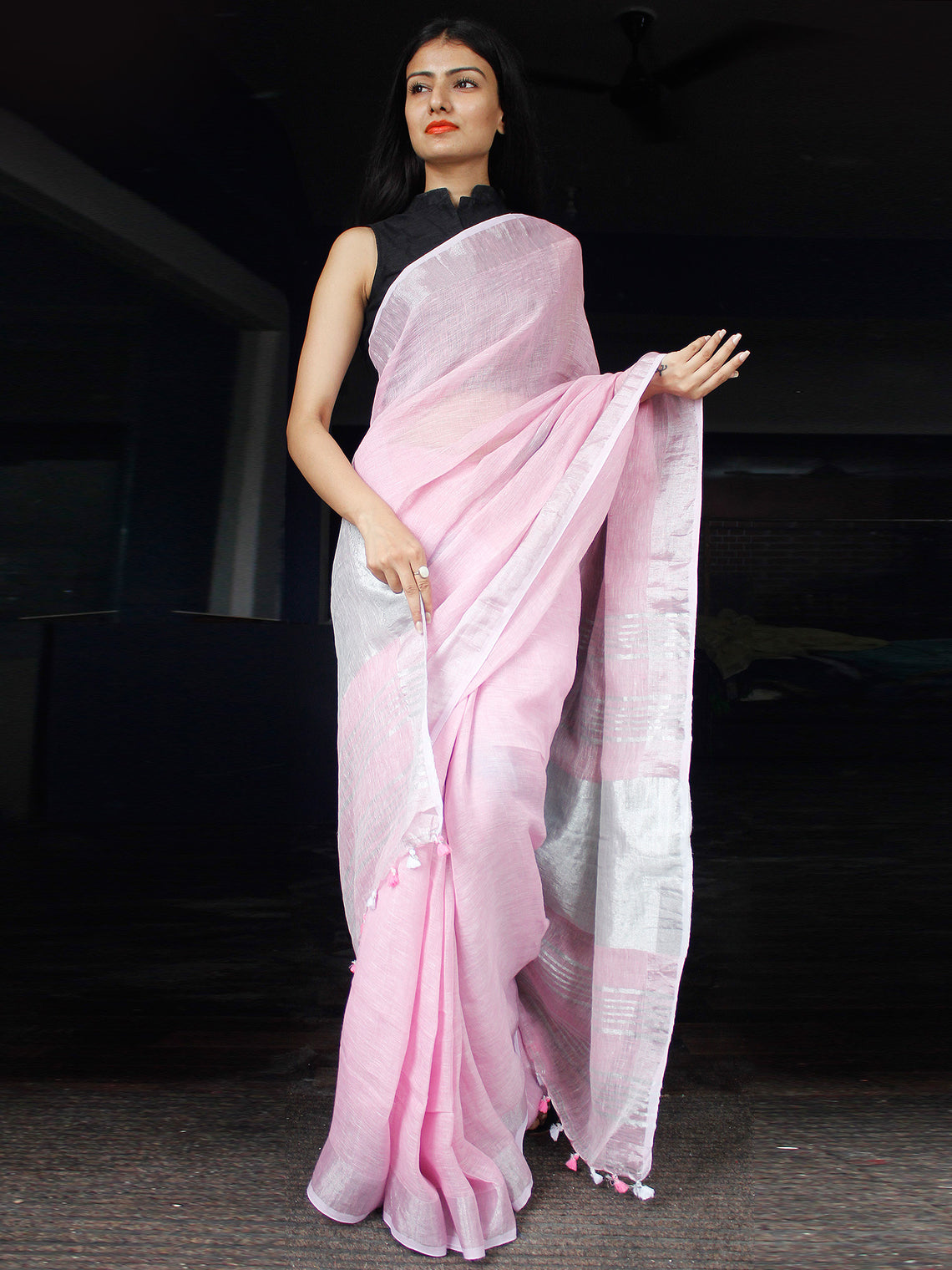 Pastel Pink Handwoven Linen Saree With Zari Border - S031703452