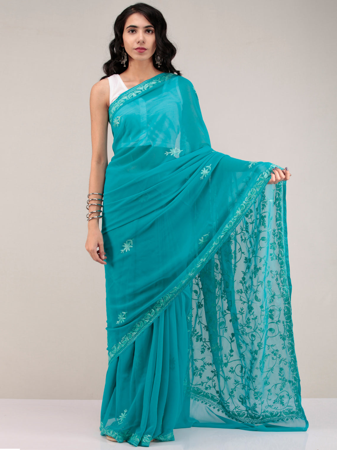 Green Aari Embroidered Georgette Saree From Kashmir - S031704638