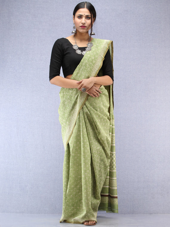 Light Green Ivory Maheshwari Silk Hand Block Printed Saree With Zari Border - S031704479