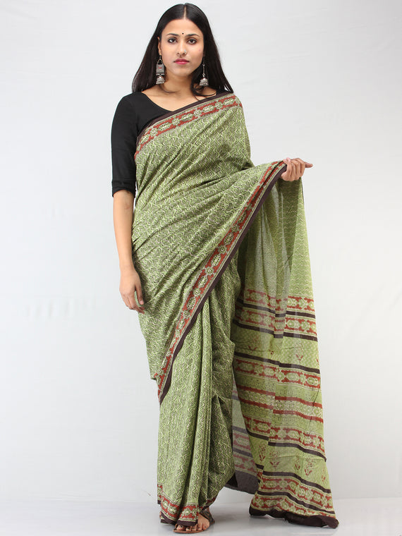 Green Red Black Hand Block Printed Cotton Mul Saree - S031704477