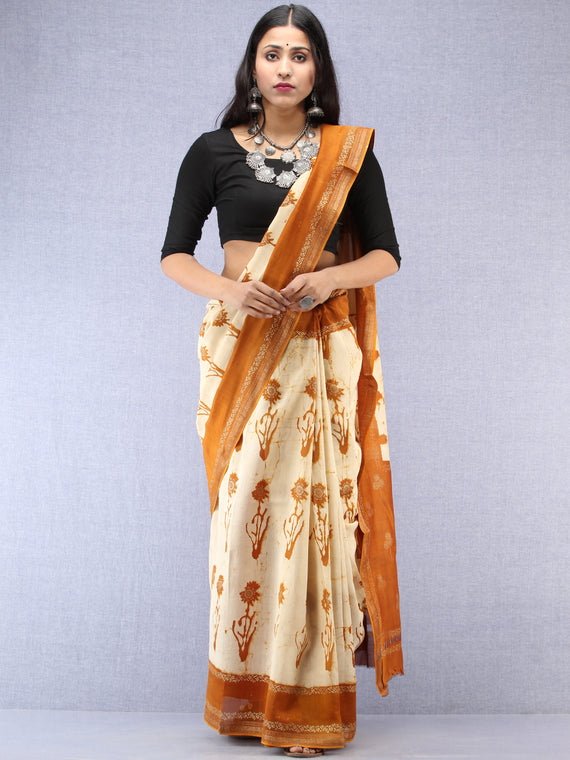 Mustard Ivory Hand Block Printed Maheshwari Silk Saree With Zari Border - S031704525