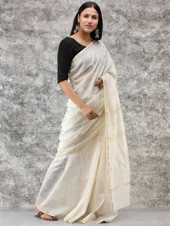 White Golden Hand Block Printed Maheshwari Silk Saree With Zari Border - S031704513