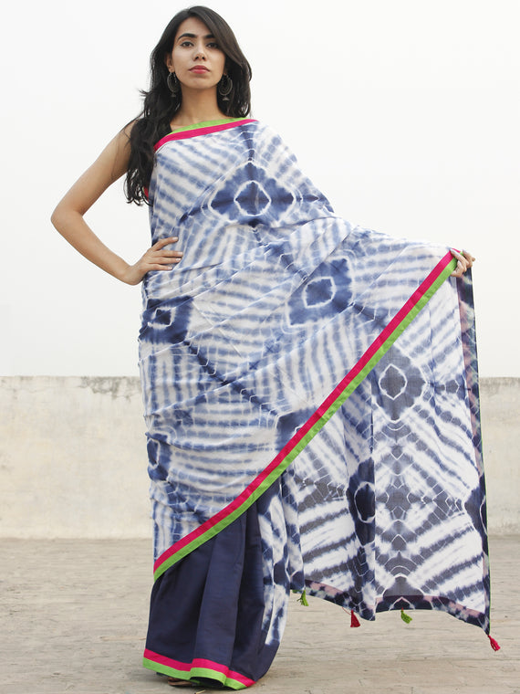Indigo Ivory Hand Shibori Dyed Saree With Green Red Border & Tassels - S031702557