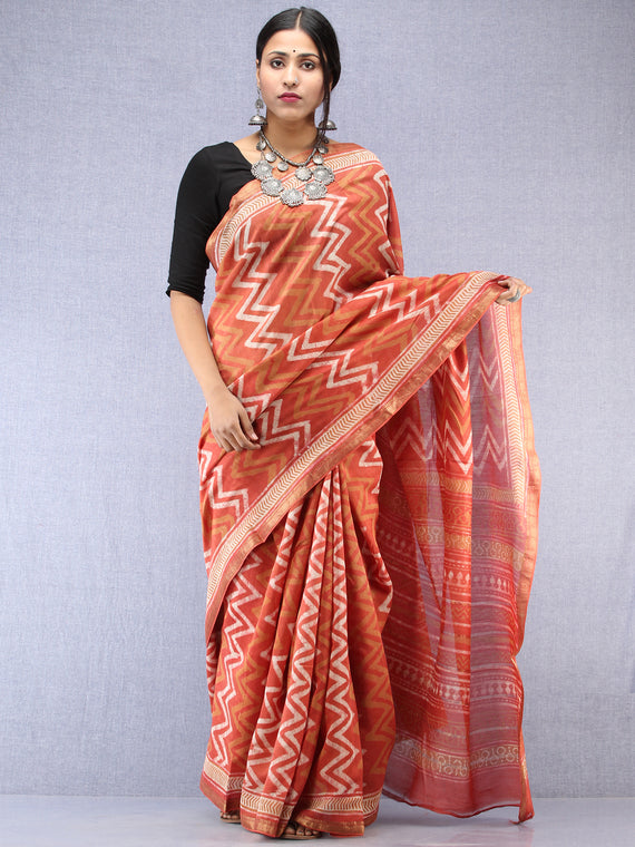 Pastel Pink Ivory Hand Block Printed Maheshwari Silk Saree With Zari Border - S031704530