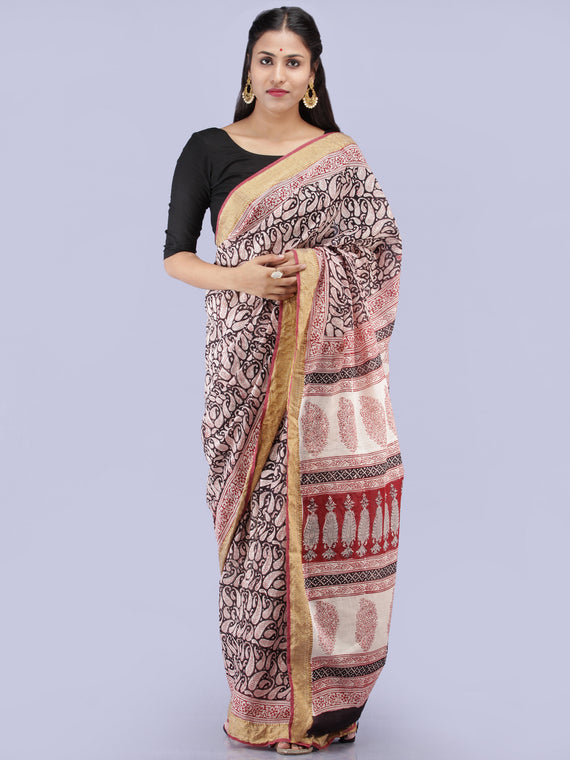 White Red Black Bagh Printed Maheshwari Cotton Saree - S031704276