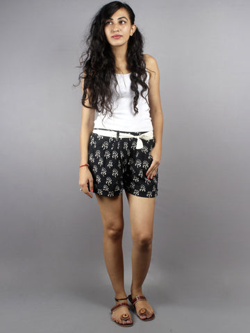 Black Hand Block Printed Shorts With Belt -S5296023