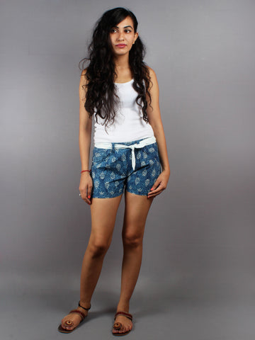 Blue Hand Block Printed Shorts With Belt -S5296028