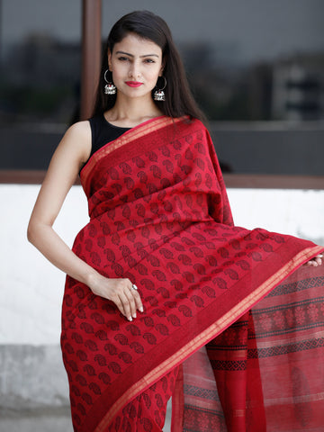 Red- Black Bagh Hand Block Printed Maheswari Silk Saree With Resham Border - S031703831