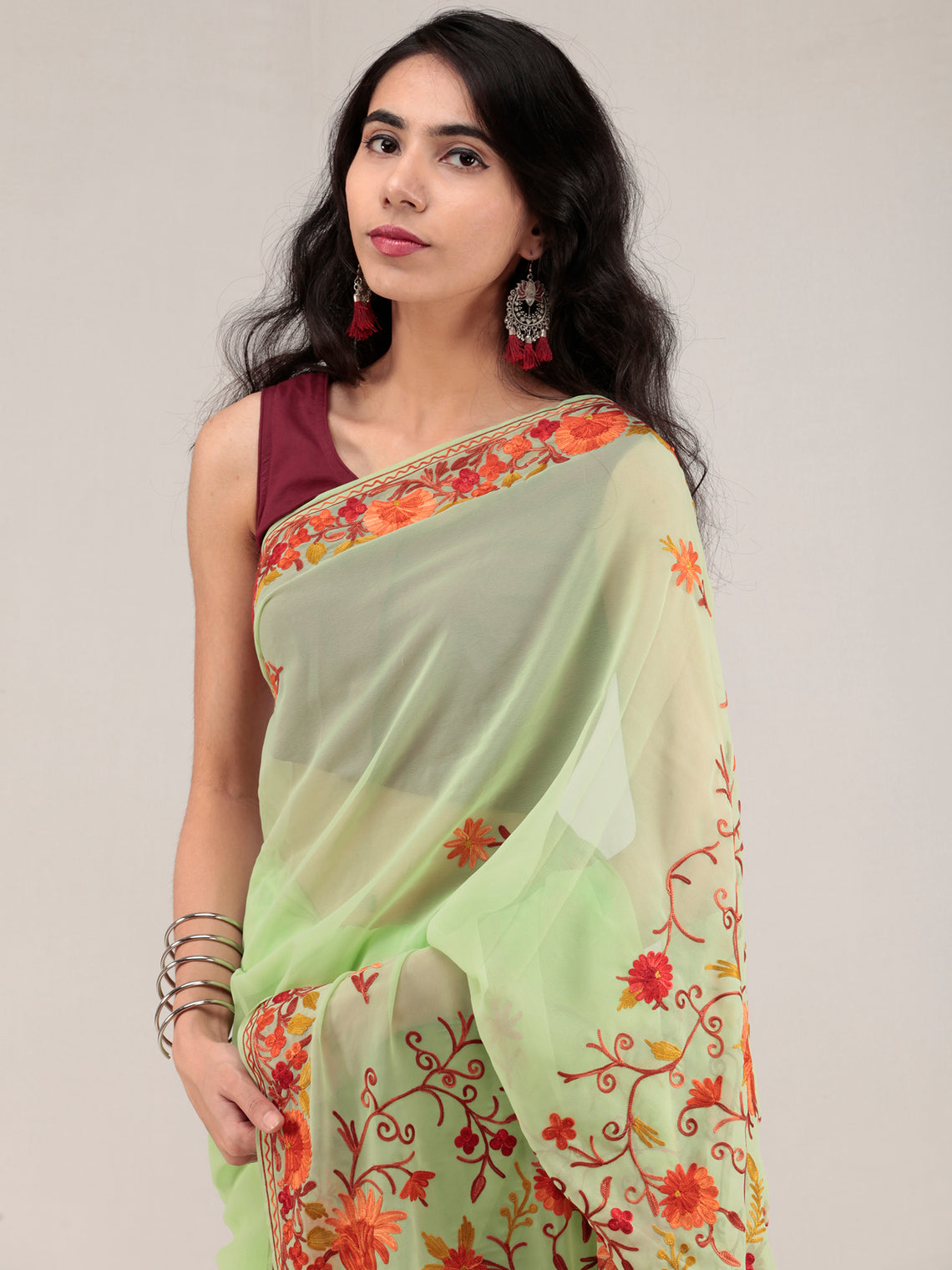 Light Green Aari Embroidered Georgette Saree From Kashmir - S031704630