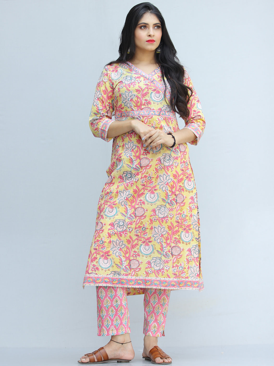 Jashn Gul - Set of Kurta Pants & Dupatta - KS73AXXXD