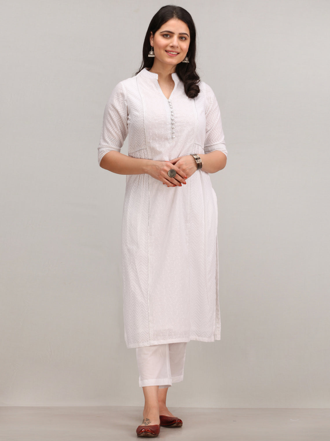 Noor Fareena -  Self Embroidered Kurta Pant Set With Bandhani Dupatta - KS114AYYD10